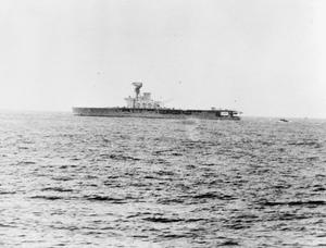 HMS HERMES, BRITISH AIRCRAFT CARRIER. 1942, AT SEA.