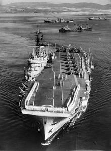 HMS EAGLE, BRITISH AIRCRAFT CARRIER. 13 JUNE 1946, ENTERING GIBRALTAR HARBOUR.