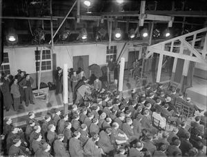 COASTAL COMMAND: THE PRODUCTION OF A MINISTRY OF INFORMATION FILM AT PINEWOOD STUDIOS, IVER HEATH, BUCKINGHAMSHIRE, ENGLAND, UK, MARCH 1942