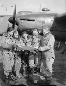 ROYAL AIR FORCE BOMBER COMMAND, 1939-1940.