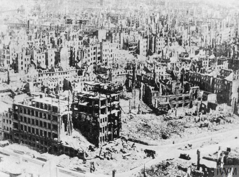 THE BOMBING OF DRESDEN, FEBRUARY 1945