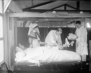 MEDICINE DURING THE FIRST WORLD WAR: BASE HOSPITALS
