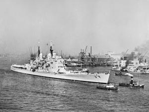 HMS VANGUARD VISITS THE NETHERLANDS. JULY 1952, AT ROTTERDAM.