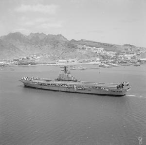 HMS ALBION AT ADEN. APRIL 1960