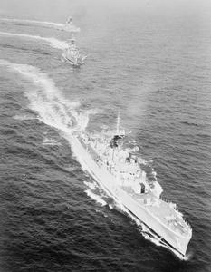 FRIGATES HOMEWARD BOUND. NOVEMBER 1961, AT SEA OFF MALTA. THREE SHIPS OF THE 6TH FRIGATE SQUADRON ON THE JOURNEY HOME AFTER A YEAR'S SERVICE IN THE FAR EAST. THE SQUADRON IS LED BY HMS YARMOUTH, WHICH IS RETURNING WITH HMS BLACKPOOL AND LLANDAFF.