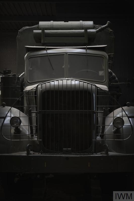 Monty's Bedroom Caravan ( Mack )