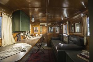 Monty's Office Caravan ( Leyland Retriever )