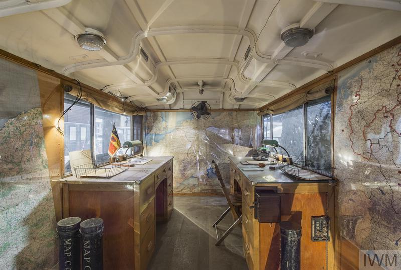 Monty's Map Caravan ( Fordson )