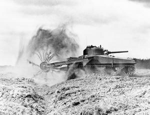 ALLIED TANKS AND ARMOURED FIGHTING VEHICLES 1939-1945