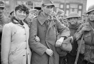 GERMAN PRISONERS ON WALCHEREN