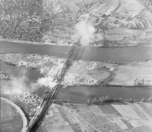 BOMBING RAIDS OVER FRANCE, AUGUST 1944