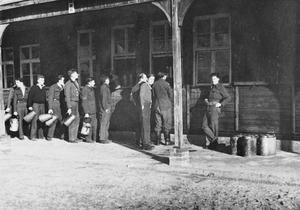 ALLIED PRISONERS OF WAR IN GERMANY, 1939-1945