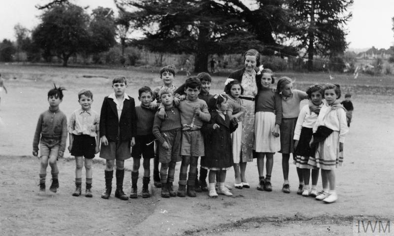 Basque refugee children being cared for at Bray Court in England c. 1938.