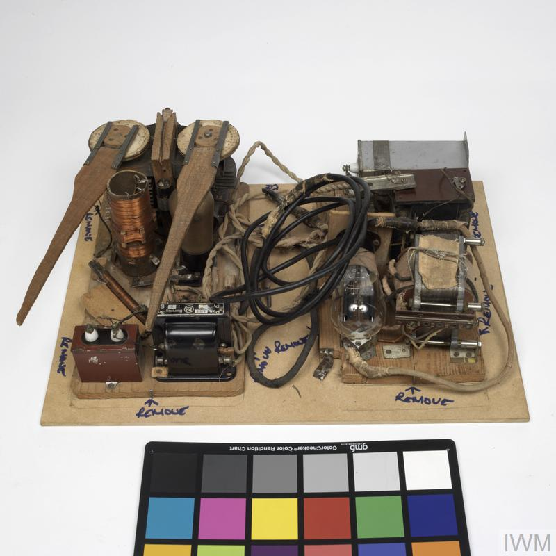 Wireless Equipment, Receiver (POW-constructed), British