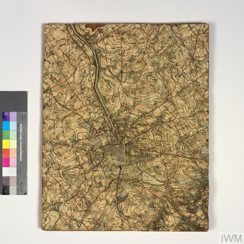 Collection: Campaign maps of Western Front, in cabinet