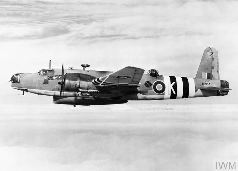 AIRCRAFT OF THE ROYAL AIR FORCE, 1939-1945: VICKERS WARWICK