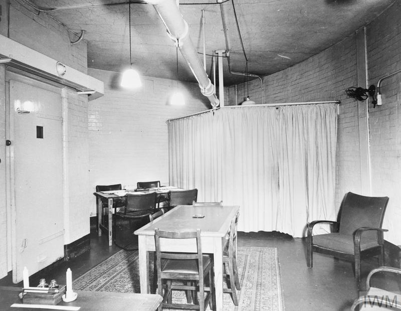 CABINET WAR ROOMS, THE WAITING ROOM