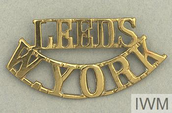 Brass shoulder badge for the Leeds Pals battalion