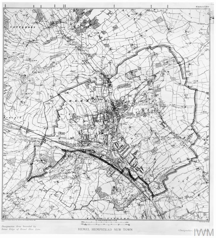 POST WAR PLANNING AND RECONSTRUCTION IN BRITAIN HEMEL HEMPSTEAD NEW