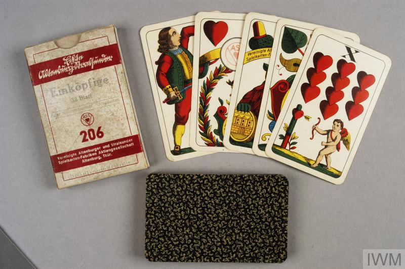 card game, German, 'Einkopfige' (set of 32 playing cards)