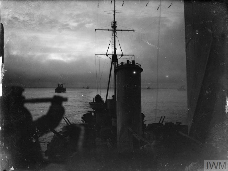 ABOARD HMS SHEFFIELD DURING AN ARCTIC CONVOY ESCORT PATROL, DECEMBER 1941