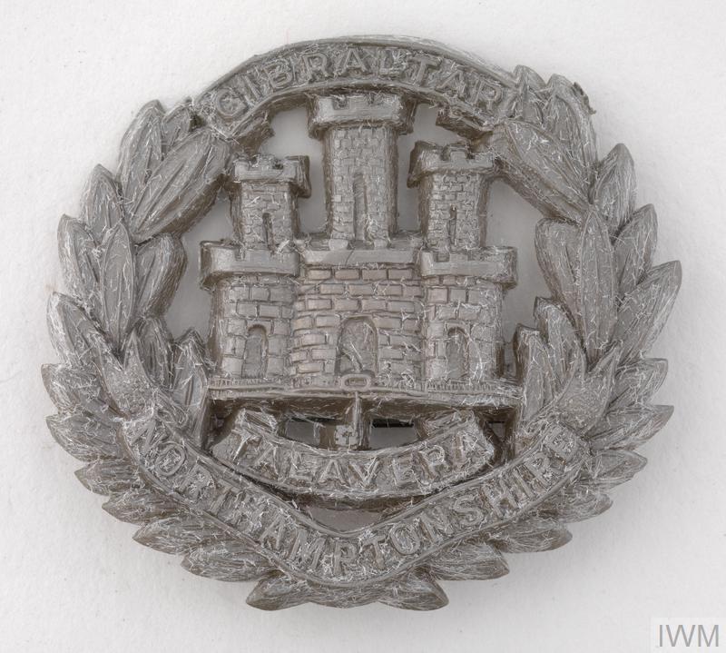 badge, headdress, British, The Northamptonshire Regiment