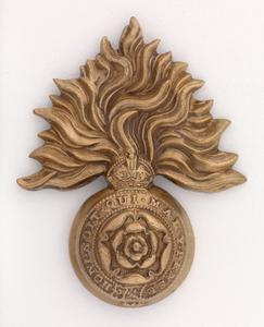 badge, headdress, British, 4th (City of London) Battalion (Royal Fusiliers)