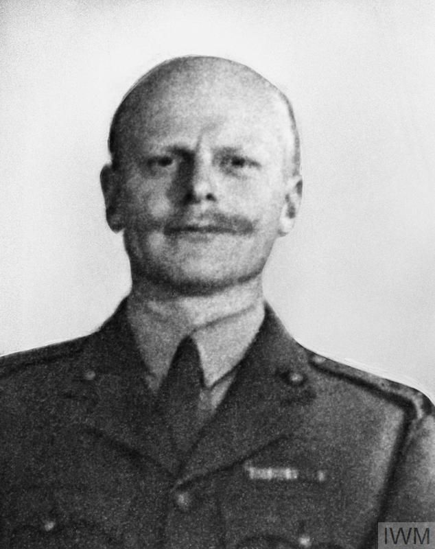 MAJOR HASLAR, LEADER OF MARINE CANOE EXPLOIT. 1943, MAJOR (LIEUT COL) H G HASLAR, OBE, RM, WHO LED THE DARING ROYAL MARINE RAID BY CANOE 90 MILES UP THE GIRONDE RIVER TO ATTACK SIX VESSELS AT BORDEAUX.