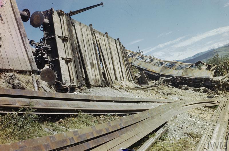 arezzo chiusi italy train - photo#7