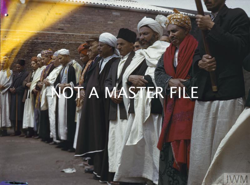 MUSLIMS IN BRITAIN, 1943