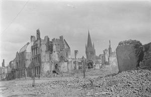 Ruins in the Square, Ypres, May 1915. THE SECOND BATTLE OF YPRES, APRIL-MAY 1915