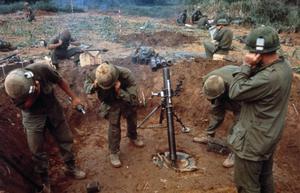 THE VIETNAM WAR 1962 - 1975 (CT 218)