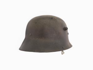 M18 'Turkish' Steel Helmet (peakless)   Imperial War Museums
