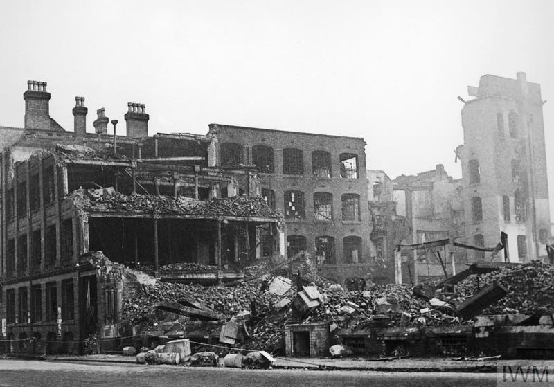 BOMB DAMAGE IN BIRMINGHAM, ENGLAND, C 1940