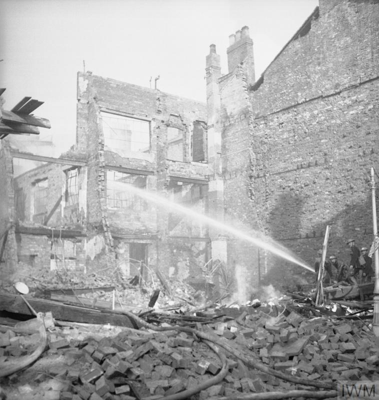 FIREFIGHTERS AT WORK IN BIRMINGHAM, ENGLAND, C 1940