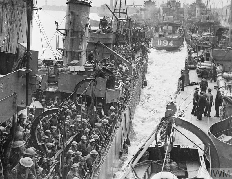 Destroyers filled with evacuated British troops berthing at Dover, 31 May 1940. © IWM H 1640