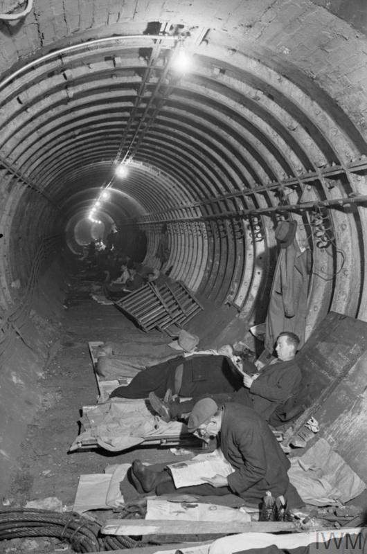 THE LONDON UNDERGROUND AS AIR RAID SHELTER, LONDON, ENGLAND, 1940