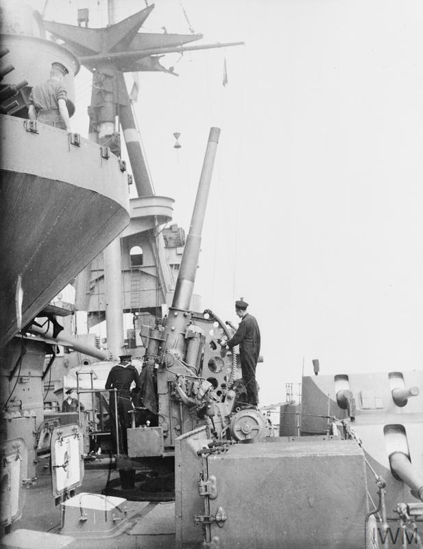 ON BOARD HMS RODNEY. 1940, AT SEA, ON BOARD THE BATTLESHIP HMS RODNEY.