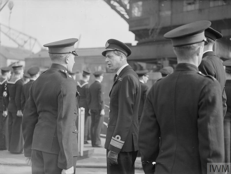 HRH THE DUKE OF KENT DURING HIS VISIT TO DEVONPORT. 1941.