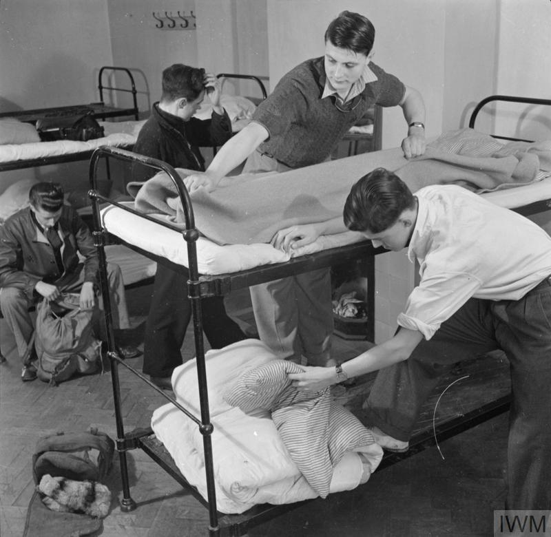 YOUTH HOSTEL: THE WORK OF THE YOUTH HOSTEL ASSOCIATION IN WARTIME