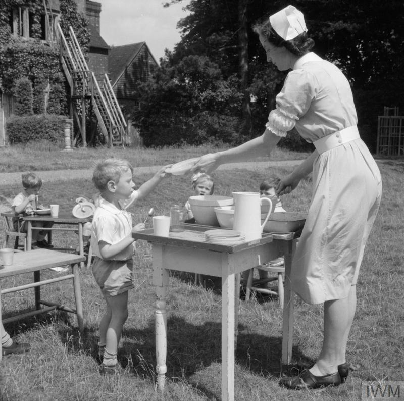 NURSERY SCHOOL: LIFE AT THE OLD MANOR HOUSE, WENDOVER, BUCKINGHAMSHIRE, ENGLAND, 1944