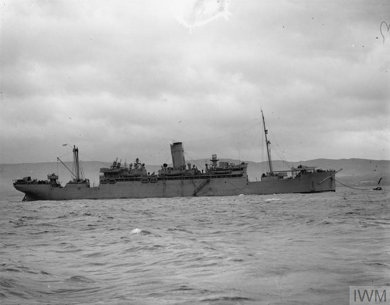 HMS CAVINA, BRITISH OCEAN BOARDING VESSEL. 10 DECEMBER 1941, GREENOCK.