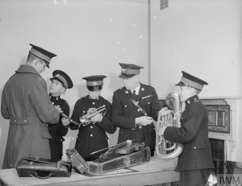 14 YEAR OLD BOY JOINS ROYAL MARINES BAND. 8 JANUARY 1942, SCARBOROUGH. 14 YEAR OLD REGINALD DAVID WARDEN JOINED THE ROYAL MARINE SCHOOL OF MUSIC AT SCARBOROUGH AND BECAME ITS YOUNGEST MEMBER. THE SCHOOL SUPPLIES ALL MUSICIANS AND MARINE BANDS TO HM SHIPS AND SHORE BASES.