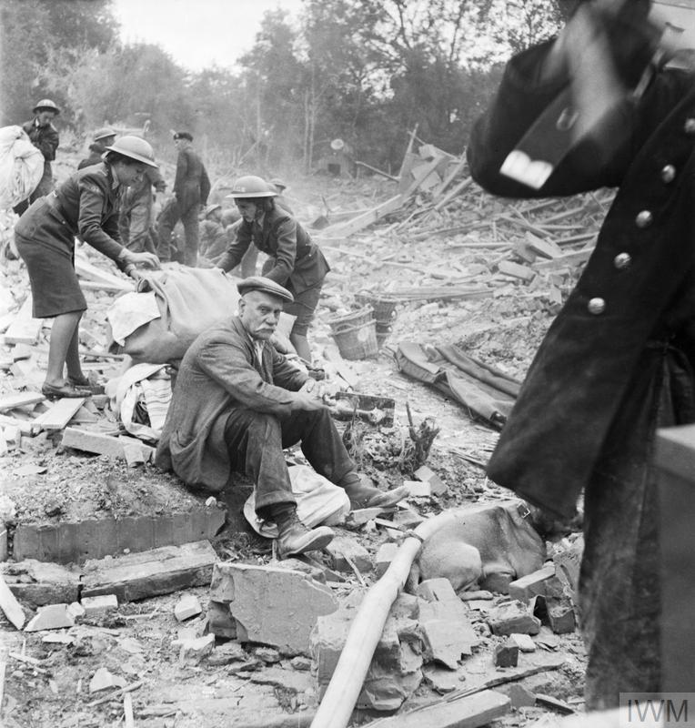 FLYING BOMB: V1 BOMB DAMAGE IN LONDON, ENGLAND, UK, 1944