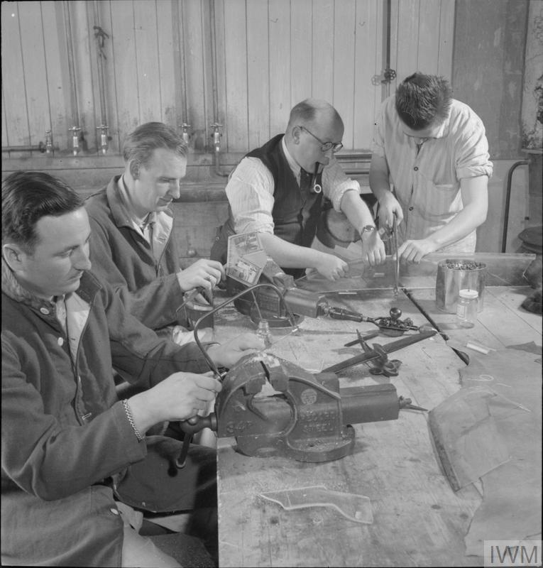 British Provide Handicrafts For American Convalescents Recreation