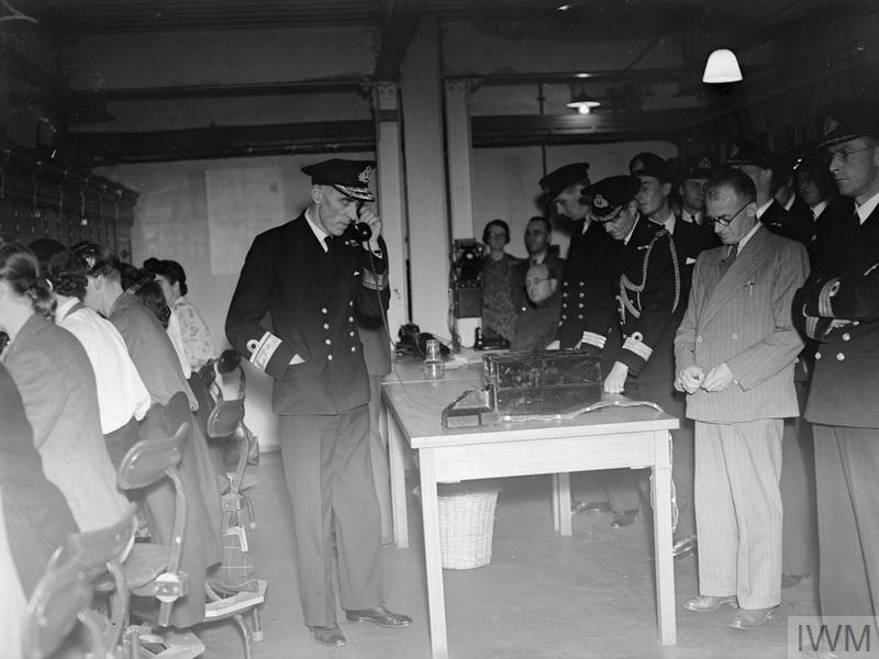 A NEW TELEPHONE EXCHANGE, ONE OF THE BIGGEST USED BY THE ROYAL NAVY, WAS RECENTLY OPENED IN THE ROYAL LIVER BUILDING, LIVERPOOL. SEPTEMBER 1942.