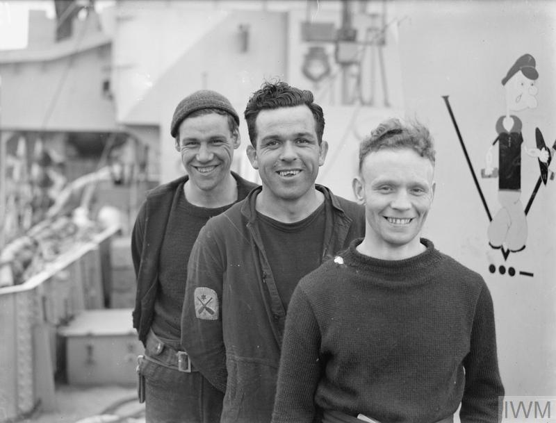 """""""CHORES"""" IN THE SMALL SHIPS. 30 AND 31 MAY 1943, LONDONDERRY."""