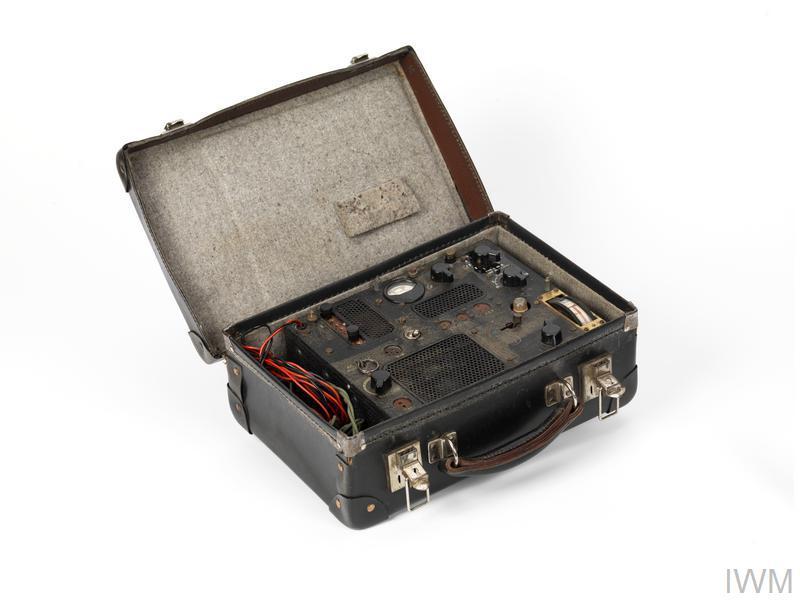 Wireless transmitter suitcase