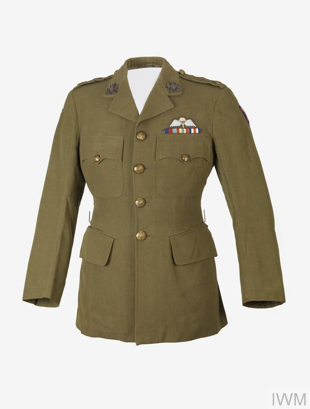 © UNI 12147 Jacket Khaki open-collared single-breasted four pocket jacket. Jacket has four brass 'GS' buttons to the front; one to each breast-pocket and each of the two epaulettes.