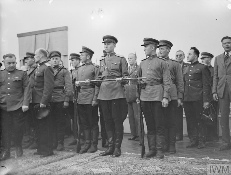 (© IWM A20721) The Stalingrad Sword carried by a member of the Russian Guard in the Soviet Legation